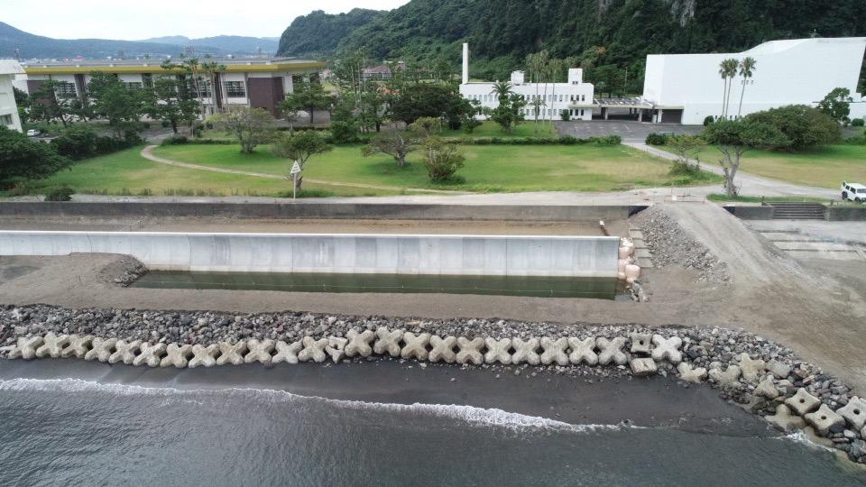 海岸堤防等老朽化対策緊急工事(0県債東方海岸工区)